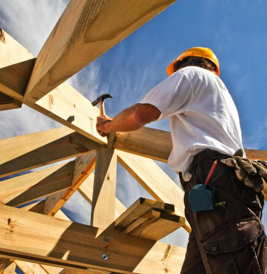 Do sub-contractors require their own builders insurance?