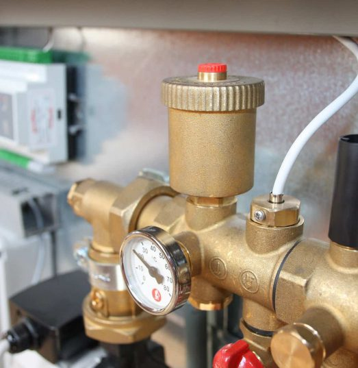 What does plumbers insurance cover?