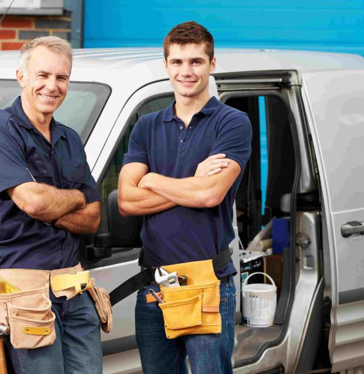 Does plumbers insurance cover employees?