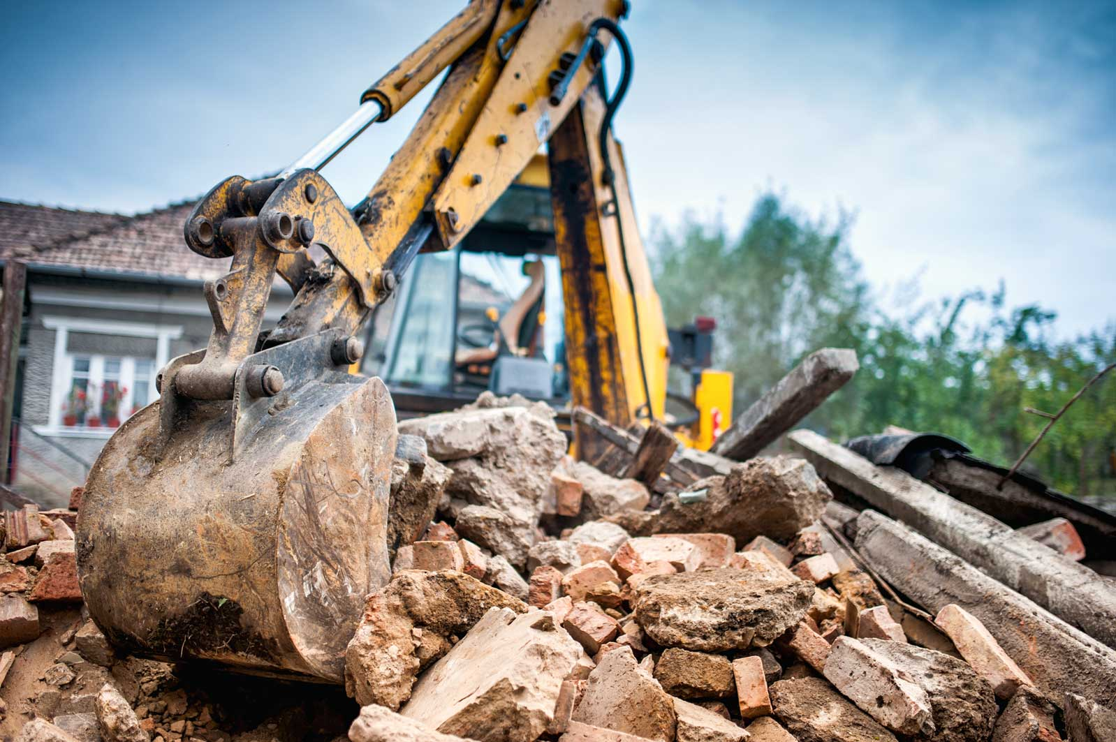 Ensure you protect your business with the right level of groundwork contractors insurance